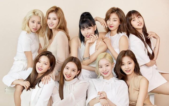 Twice Rayakan Kemenangan Pertama Comeback 'Fancy', Fans Salah Fokus Pada Sana