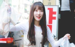 Yuju G-Friend Pertama Kali Makan Durian, Deskripsinya Bikin Para Fans Tertawa
